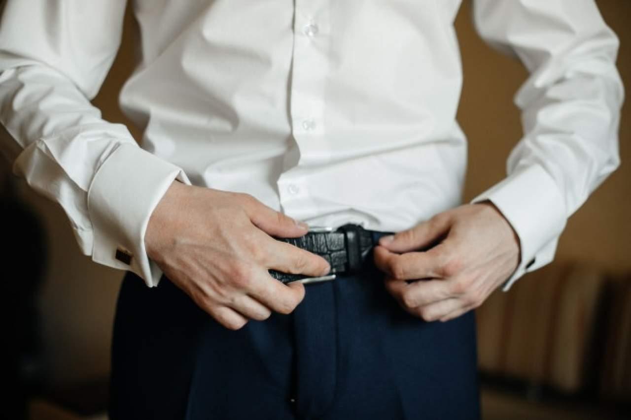 La elegancia de los cinturones para hombre