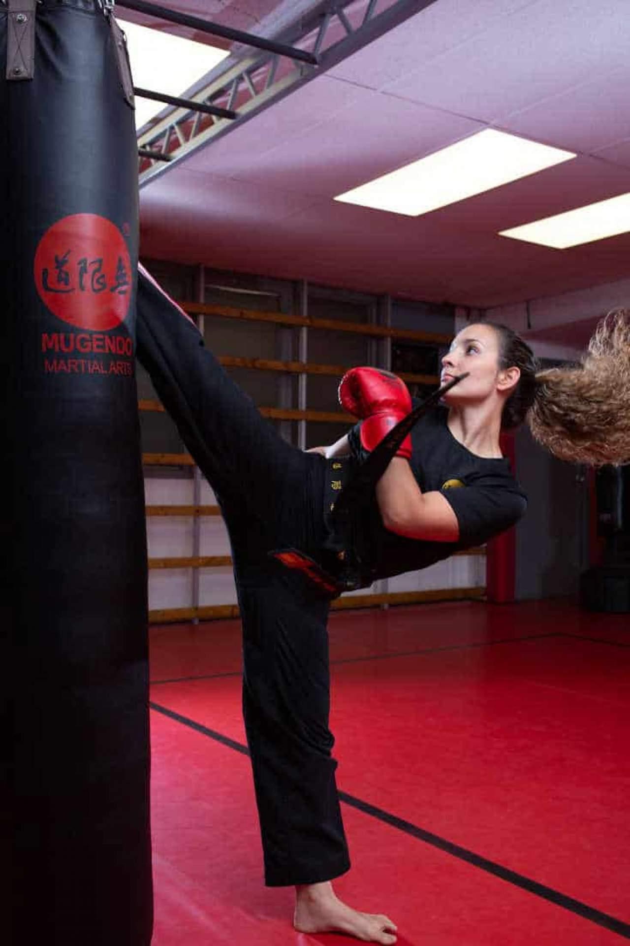 ¿Dónde puedes aprender artes marciales en Vallcarca?
