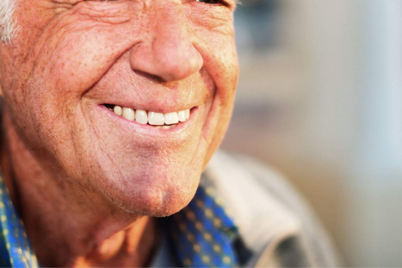 Dentista en Sevilla para implante dental: Clínica Helident