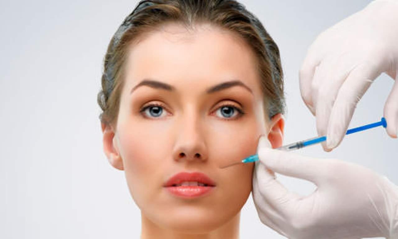 Descubre la diferencia entre ácido hialurónico y bótox en rellenos faciales