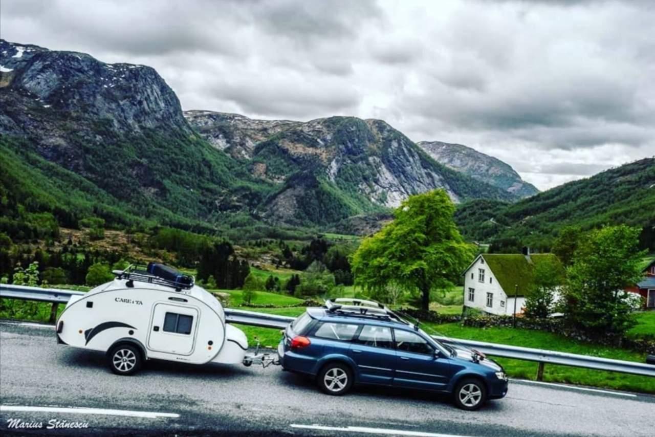 Viajar con caravanas pequeñas: así son las mini caravanas por dentro
