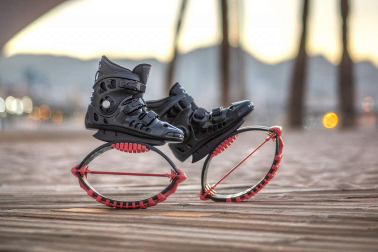 Las conocidas botas saltarinas o botas de rebote y todo lo que ofrecen, por Vanity Fit