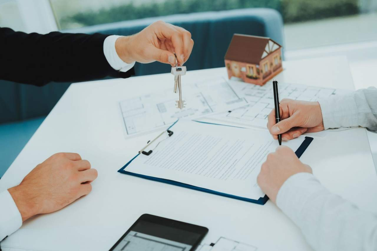 Éxito de Best House: Comercializa 10 veces más inmuebles de bancos y entidades financieras que cualquier otra franquicia inmobiliaria nacional