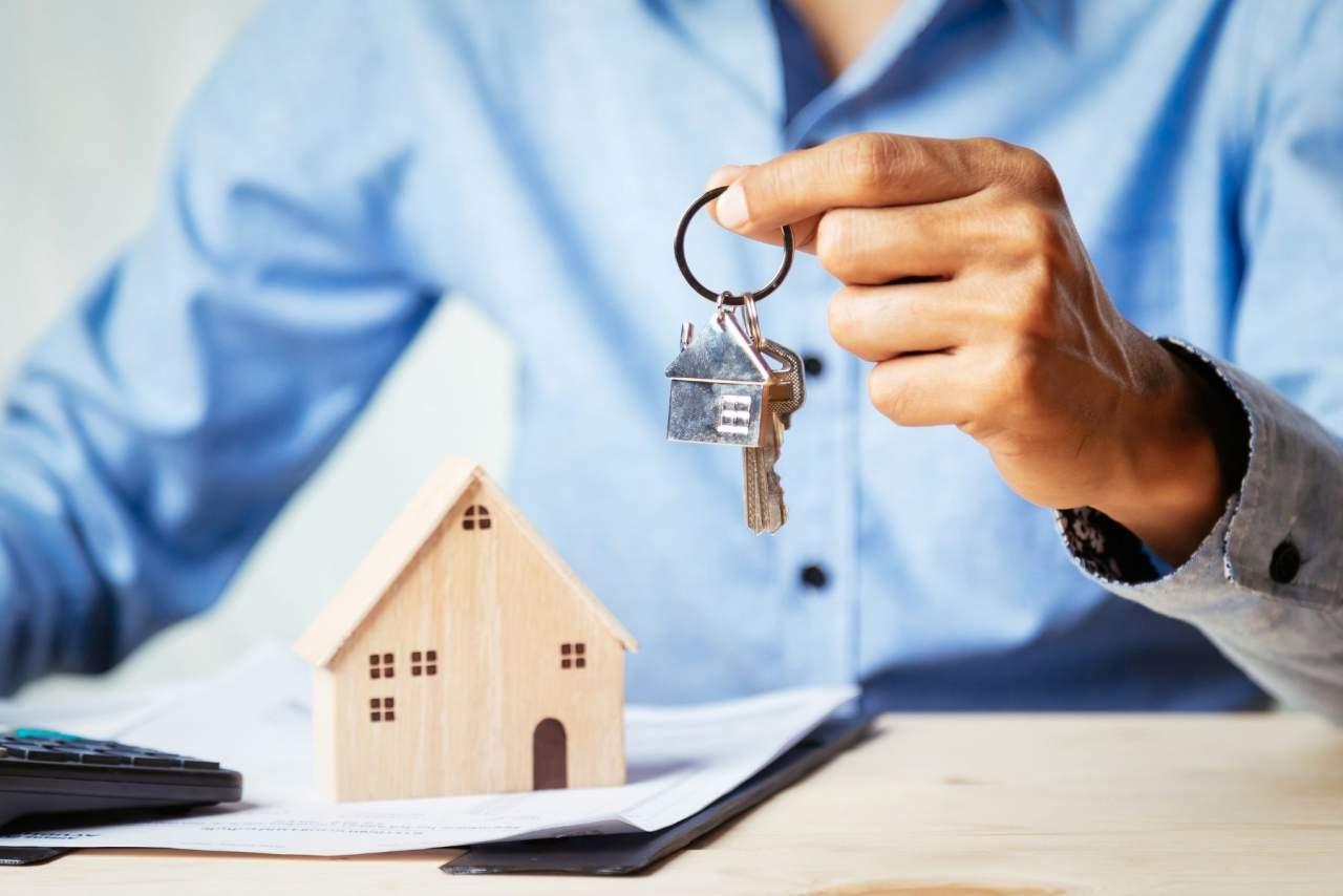 ¿Es necesario tasar un piso en Barcelona para vender? Por La Casa Agency El Clot