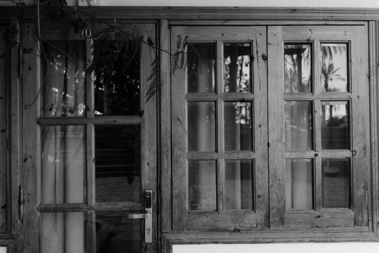 LOSMA STUDIO: Empresa especialista en la fabricación de balcones y ventanas de madera de calidad