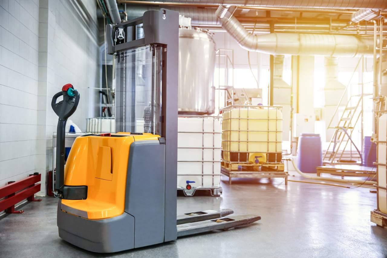 ¿Cómo funcionan los recambios para carretillas eléctricas? Empresa RRP