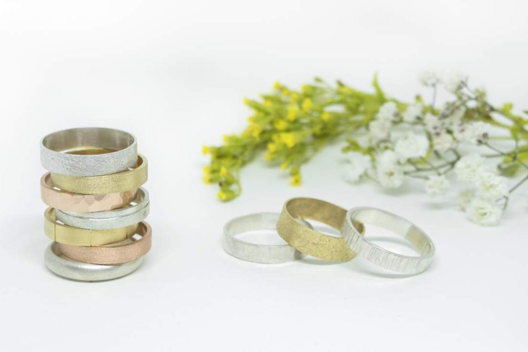 Comprar joyas artesanales en Barcelona con Juia Jewels