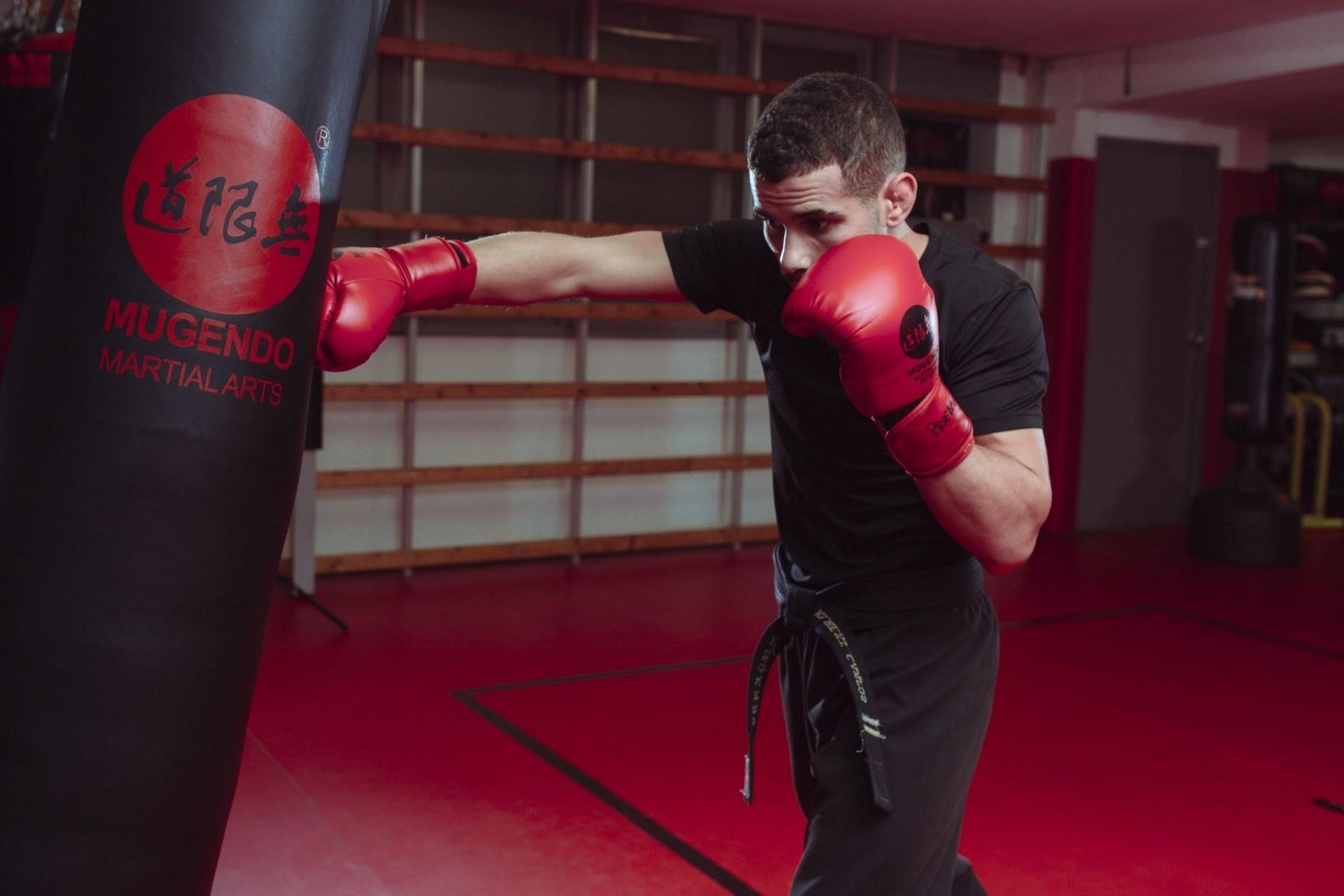 Mugendo expone cómo ayuda la práctica de artes marciales
