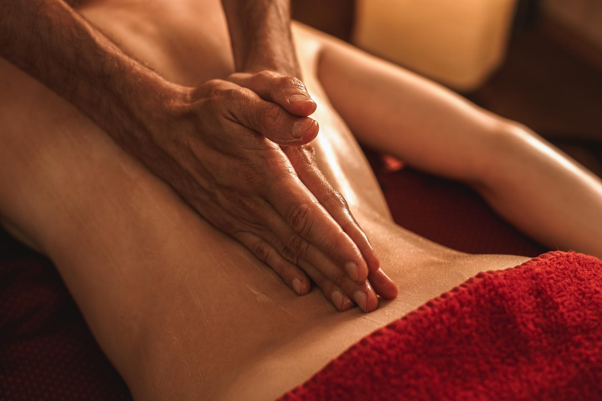 El masaje Abhyanga, uno de los tratamientos más solicitados en el Centro de Estética y Belleza Kainis Rituals