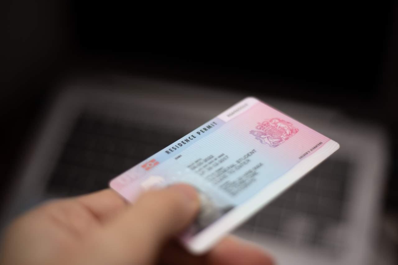 MIGROW facilita la obtención del permiso de residencia en España