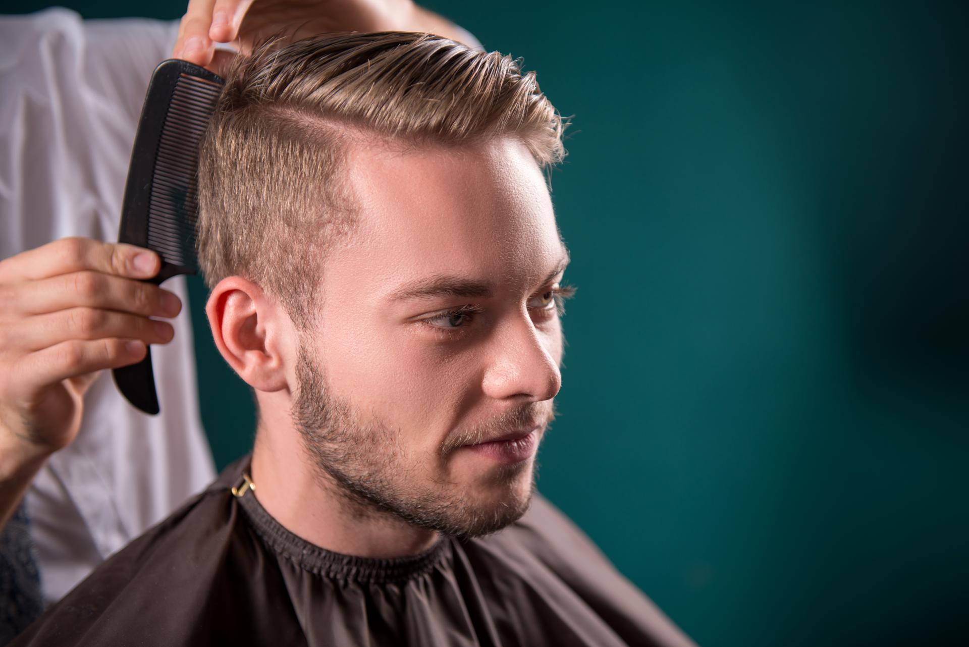 Corte de pelo gratis en Formación de Peluquería de Caballeros, peluquería para hombre en Madrid